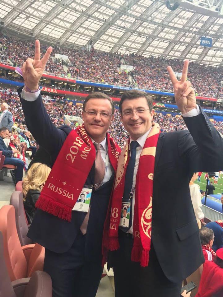 Главы-«близнецы» Глеб Никитин и Дмитрий Азаров встретились в «Лужниках»