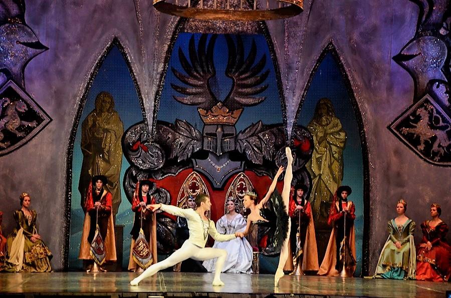 Балет «Лебединое озеро», посвященный 50-летию творческой деятельности Валерия Миклина, покажут в Нижнем Новгороде