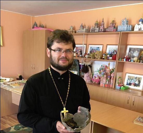 Настоятель церкви открыл клуб единоборств для школьников