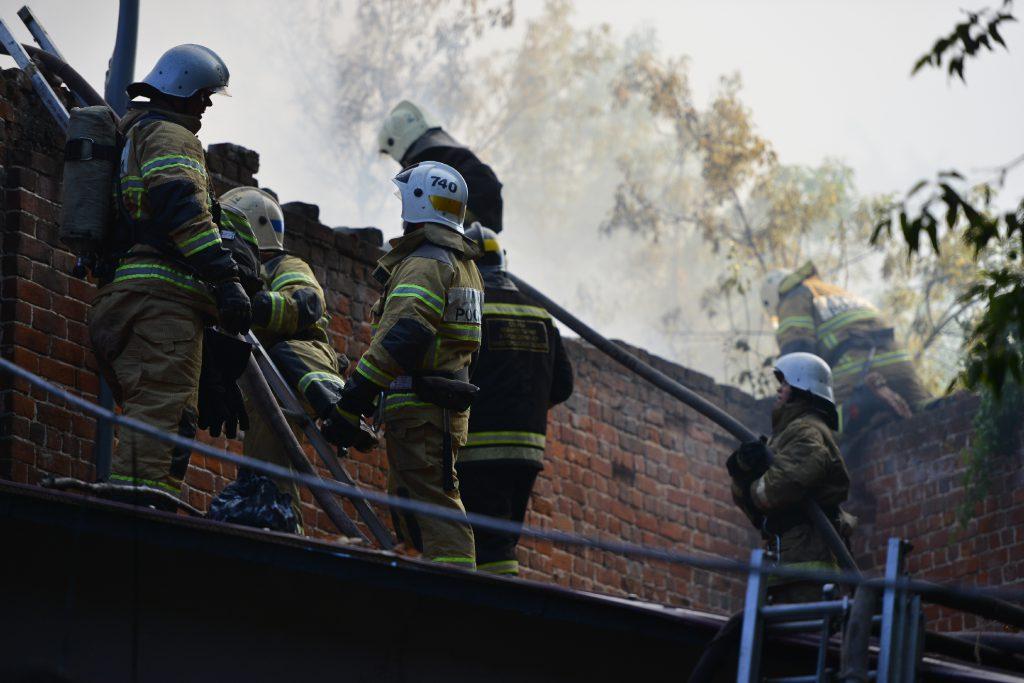 В Семёнове сгорел жилой дом (видео)