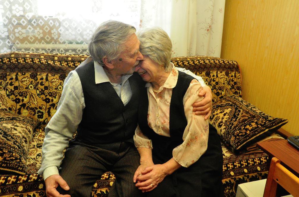 знакомства с пенсионерами