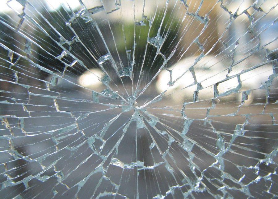 Работник нижегородской автомойки разбил машину клиента