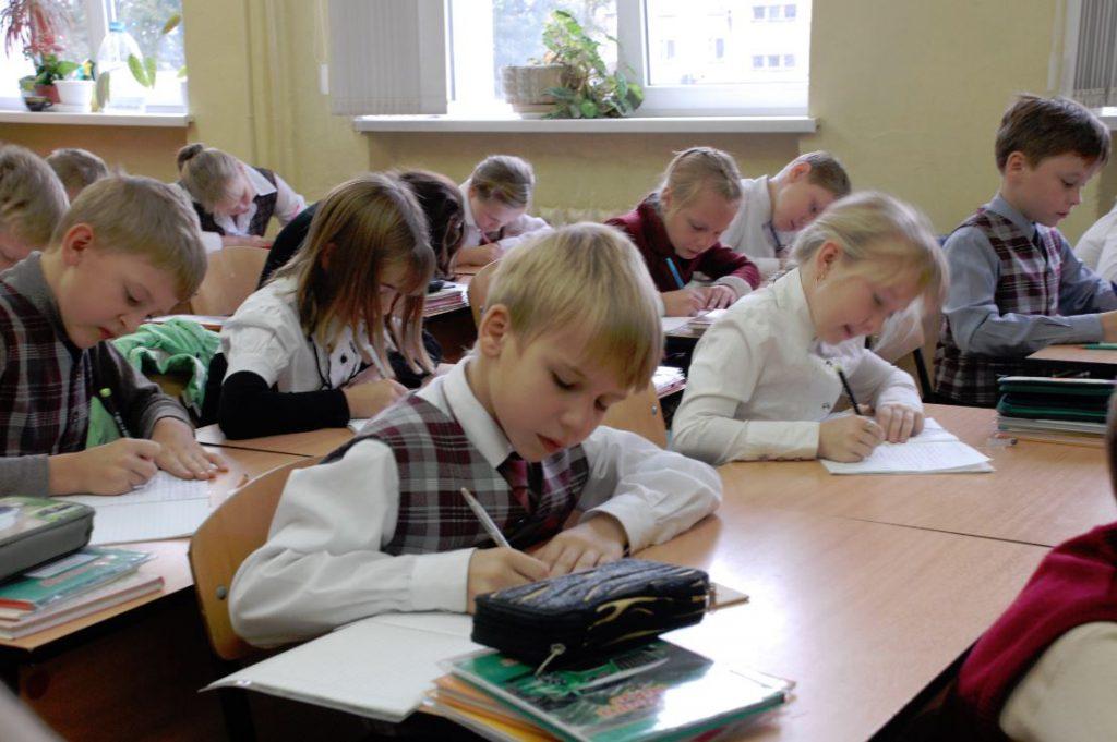 Школьников избавят от вторых смен