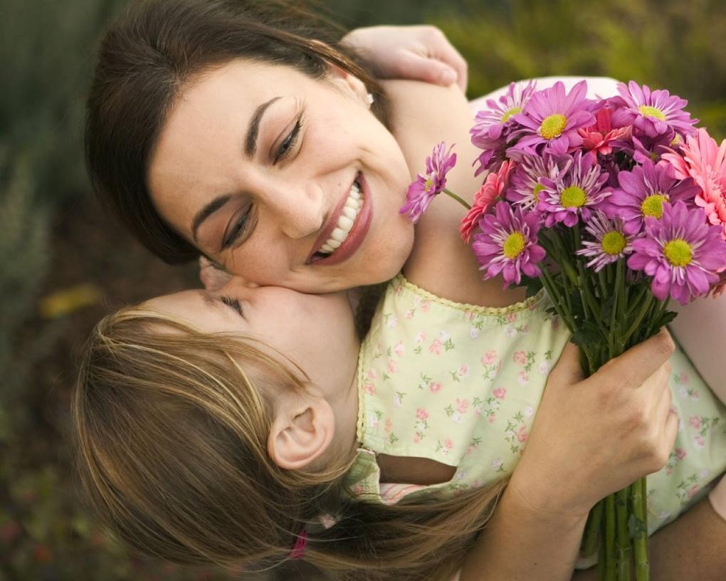 «Научить ребенка любить и понимать мир вокруг – есть ли у женщины дело важнее и ответственнее?»