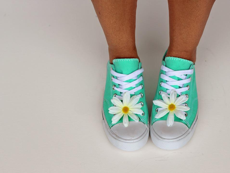 Полным ходом: как распознать и вылечить болезни ног