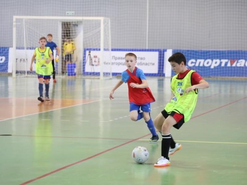 Глеб Никитин помог юной футболистке попасть на соревнования