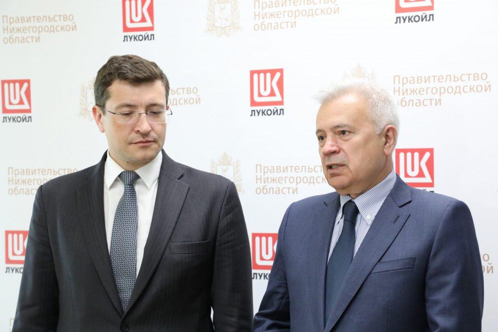 Глеб Никитин обсудил сВагитом Алекперовым перспективы сотрудничества посозданию НОЦ