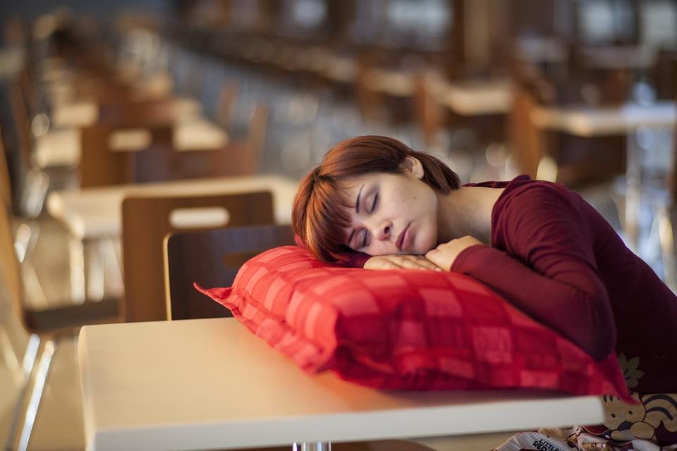 Чем недосып опасен для здоровья
