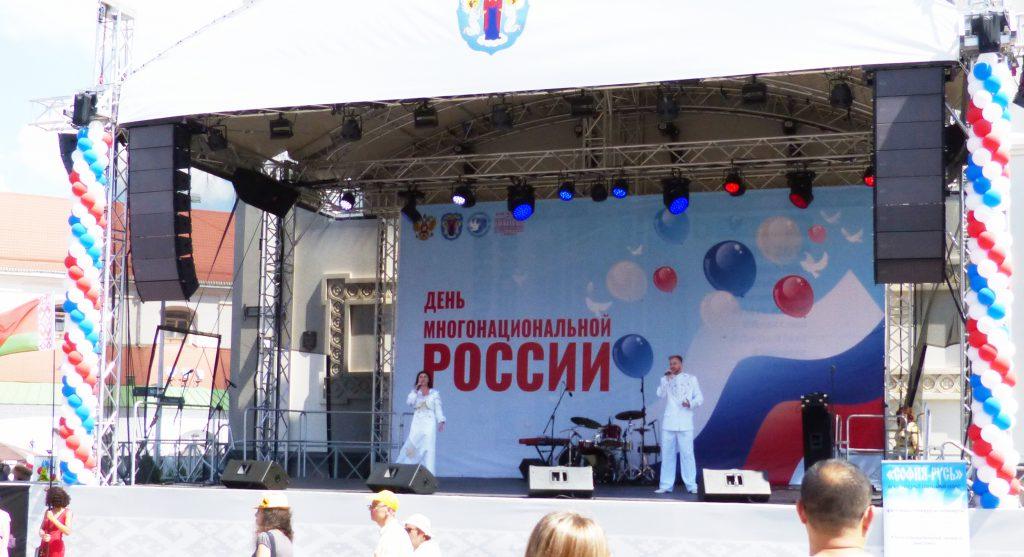 Дуэт из Городца выступил на одной сцене со звездами российской эстрады