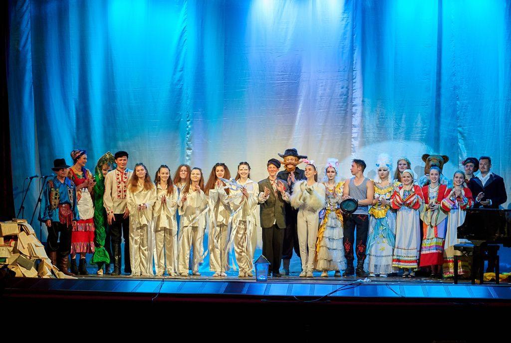В Нижнем Новгороде выбрали лучшую театральную афишу среди школьных и студенческих коллективов