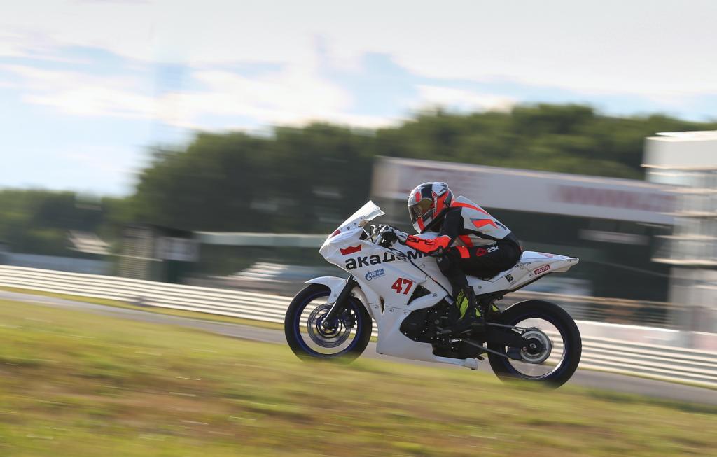 Нижегородец завоевал золото международного чемпионата по шоссейно-кольцевым мотогонкам