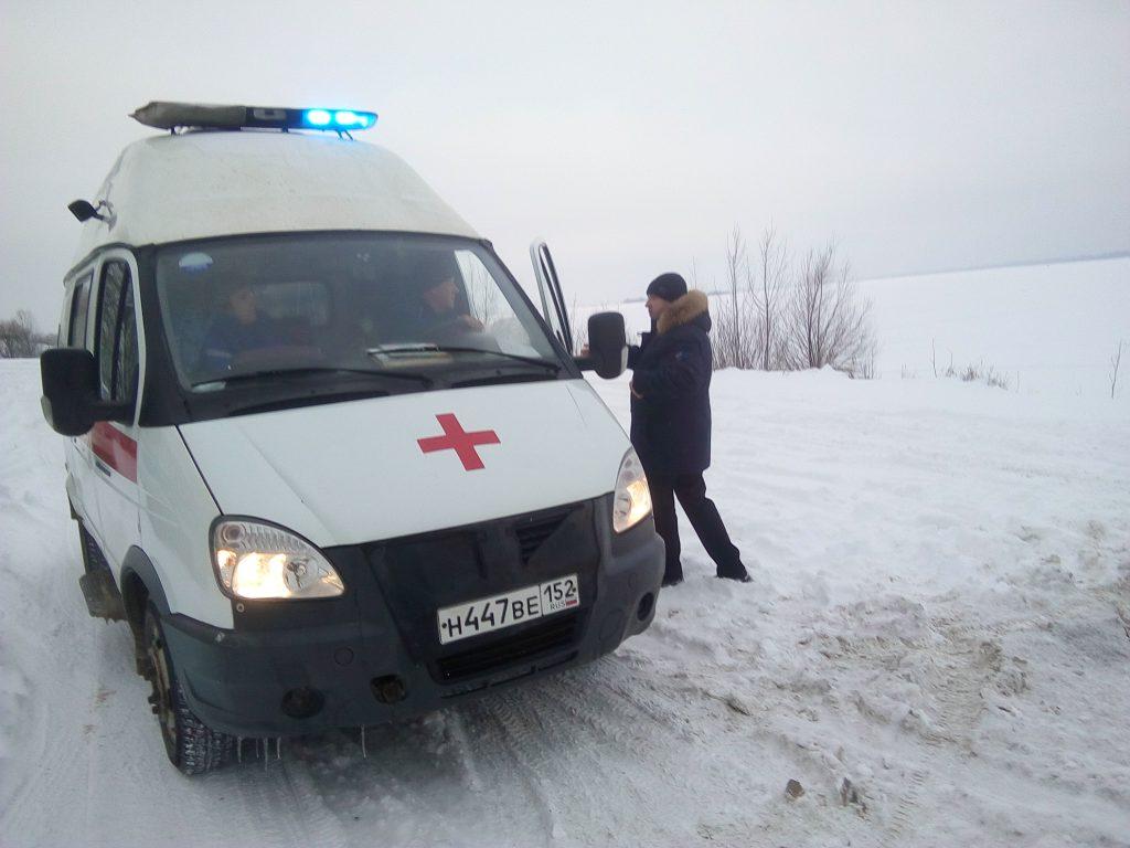 Нижегородские пожарные спасли мужчину, провалившегося под лед