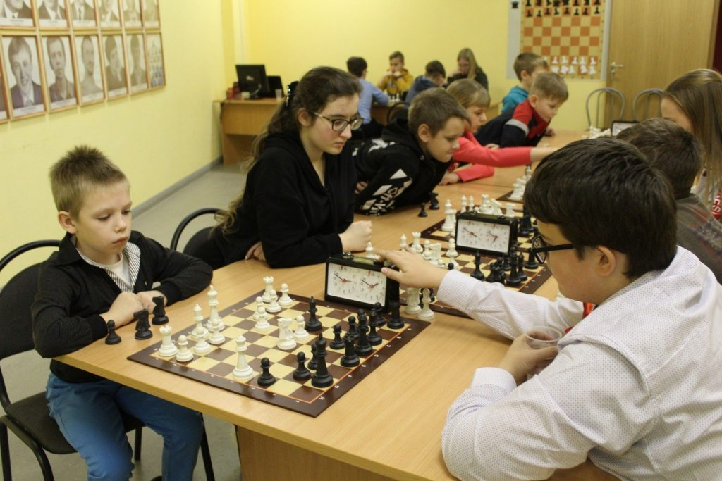 В княгининском ФОКе «Молодежный» состоялся 4-й межрайонный фестиваль шахмат