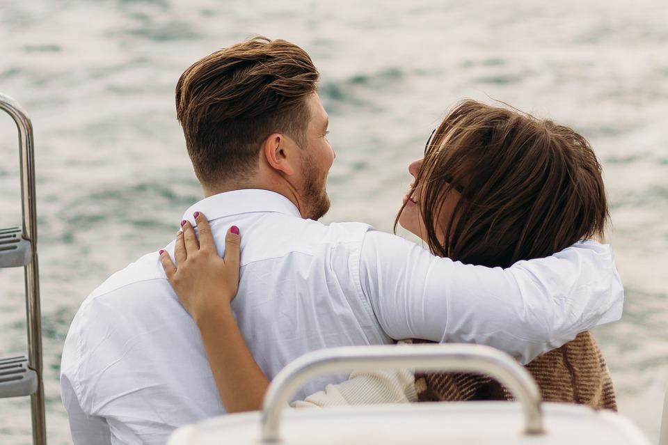почему мужчины не обнимаются