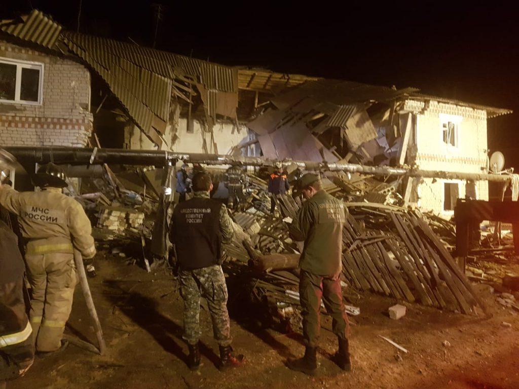 Опубликованы фото и видео с места обрушения жилого дома от взрыва газа в Вачском районе